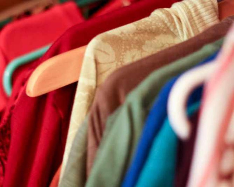 Picking out clothes | © keepingtime_ca/Flickr