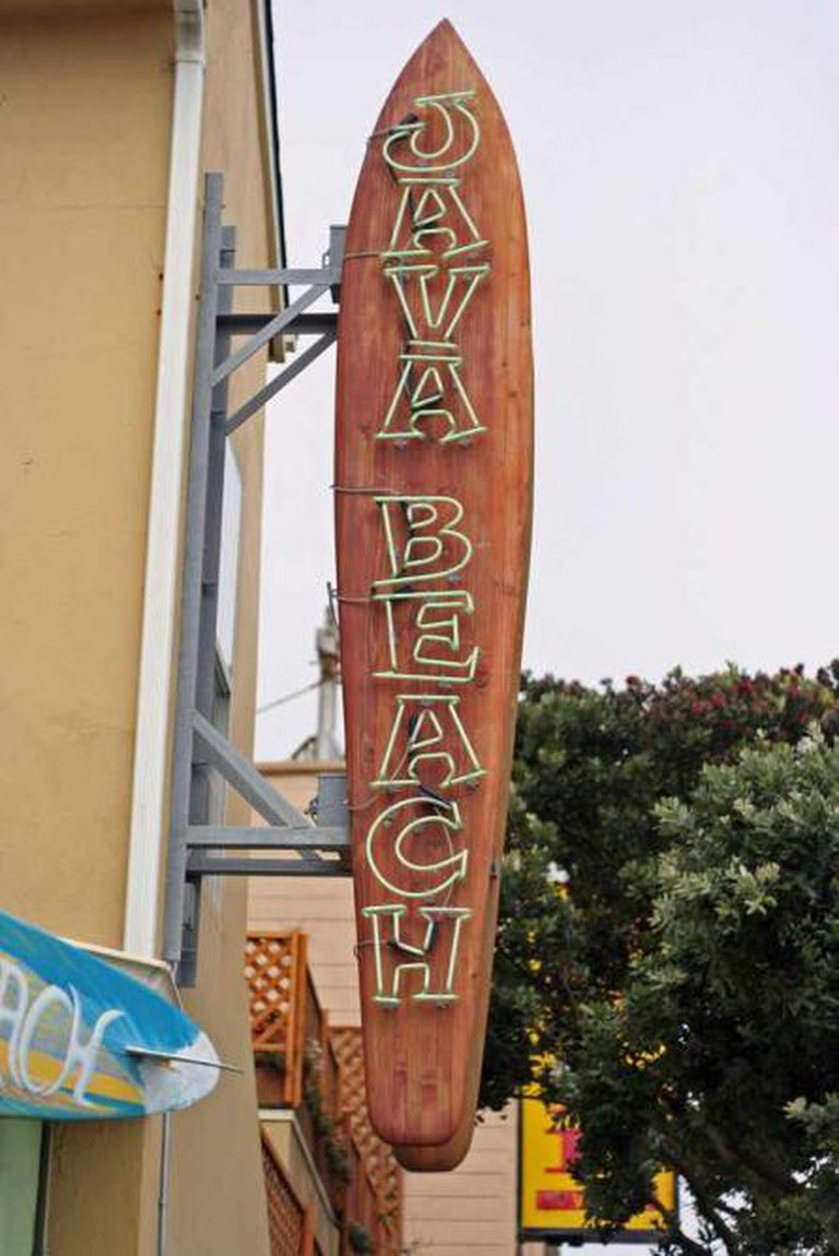 Java Beach Cafe Sign | © Niall Kennedy/Flickr