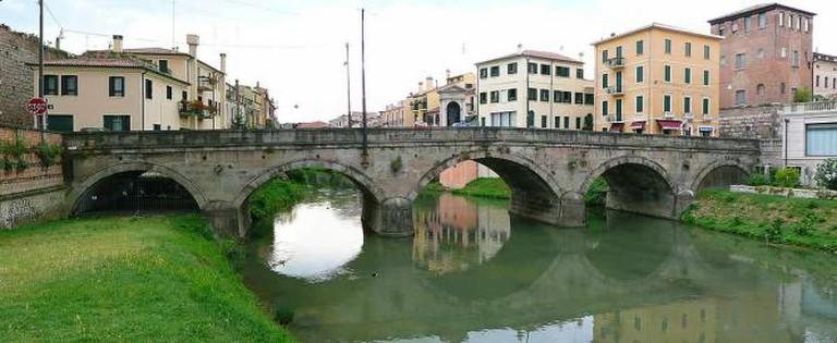 Roman Ponte Molino, Padua   © Gun Powder Ma/WikiCommons