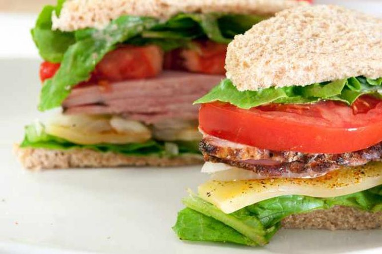 Ham sandwich   © bour3/Flickr