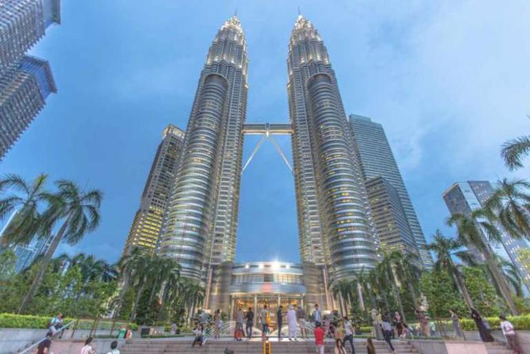 Cesar Pelli's Petronas Towers © IQRemix/Flickr