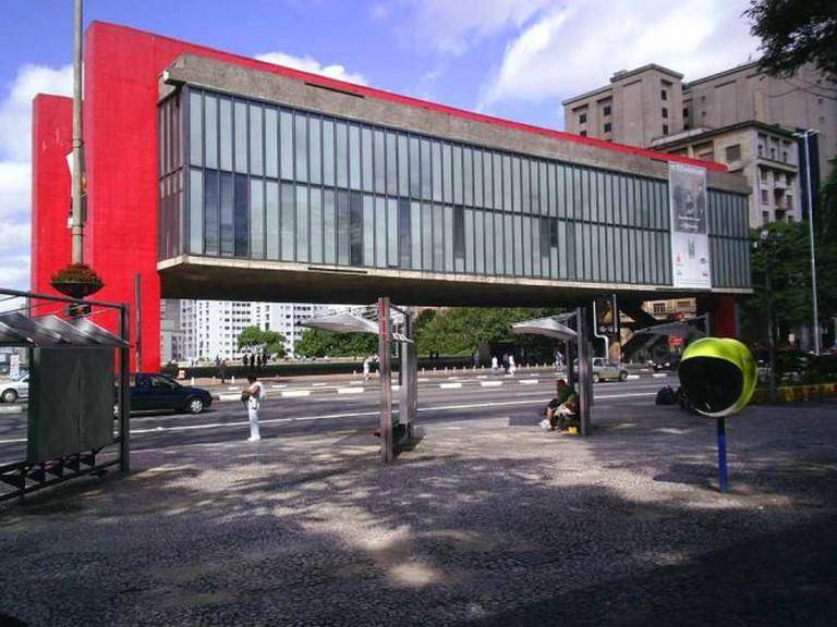 The São Paulo Museum of Art by Lina Bo Bardi © Gaf/Wikicommons