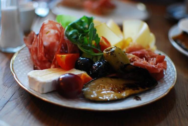 Saturday brunch - the mixed platter | © miss_yasmina/flickr