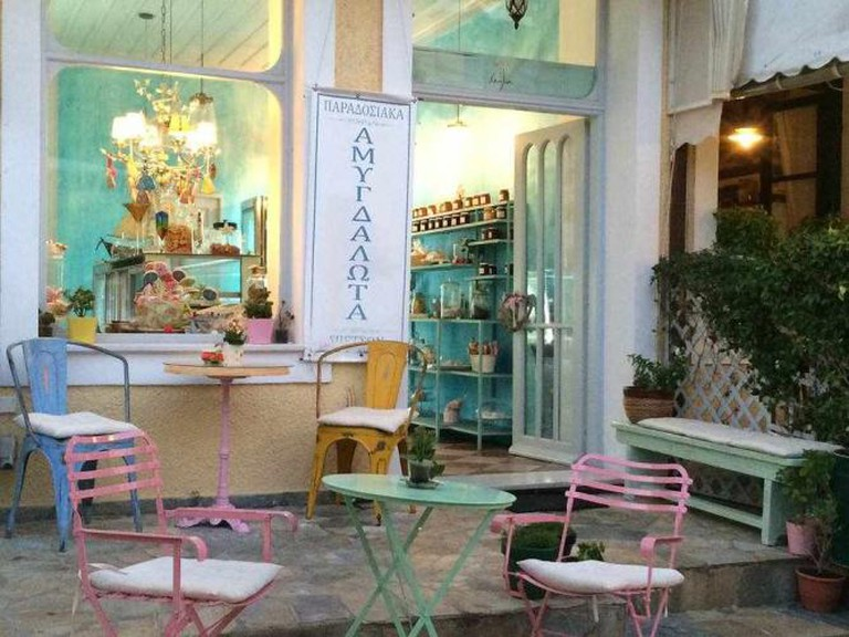 Vanilia's fairytale-like exterior space | Courtesy of Vanilia Spetses
