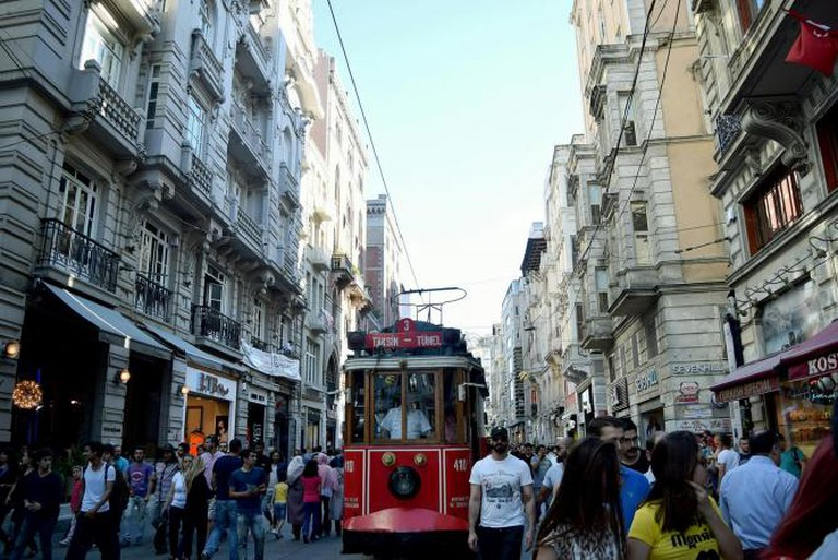 Istiklal Street   © Ibrahim Arab/Flickr