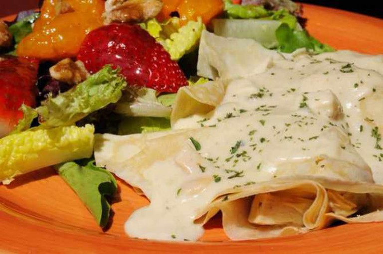 Savory Chicken Crepes | © Ralph Daily/Flickr