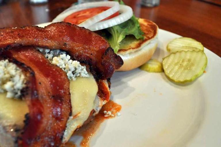 Swiss bacon burger | © Bill Roehl/Flickr