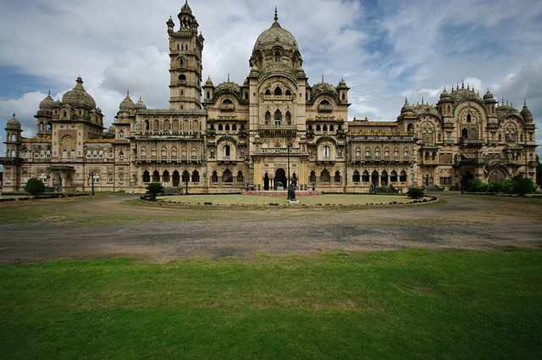Laxmi Vilas Palace, Vadadora (Baroda) - India | © Emmanuel DYAN/Flickr