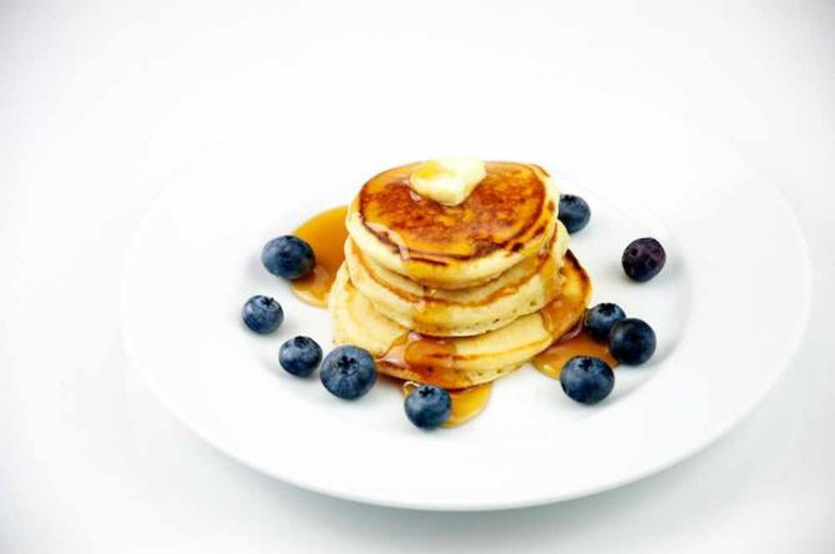 Silver Dollar Pancakes with Blueberry | © TheCulinaryGeek