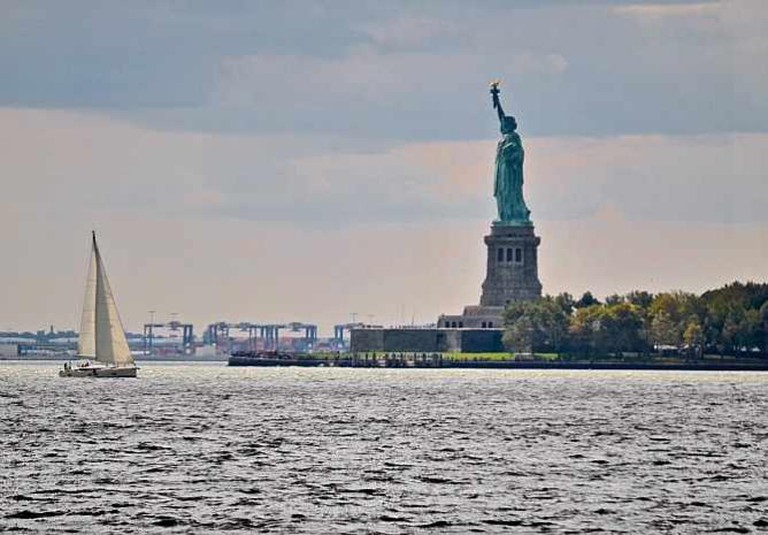 Statue of Liberty view from Battery Park, Manhattan | © David McSpadden/Flickr
