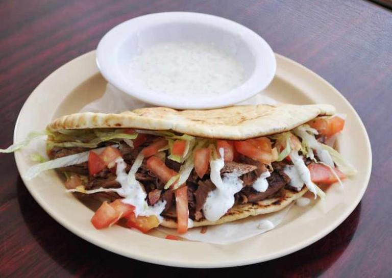 Mediterranean pita bread | Courtesy of Aqui Es Texcoco