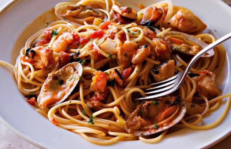 Seafood Spaghetti from Brescia | © Benjie OrdoÒez/Flickr