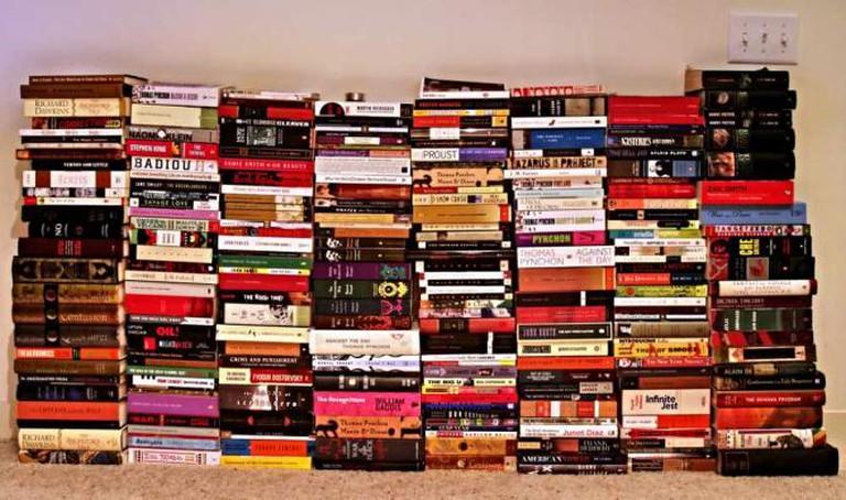 Stacks of books | © jvoves/Flickr