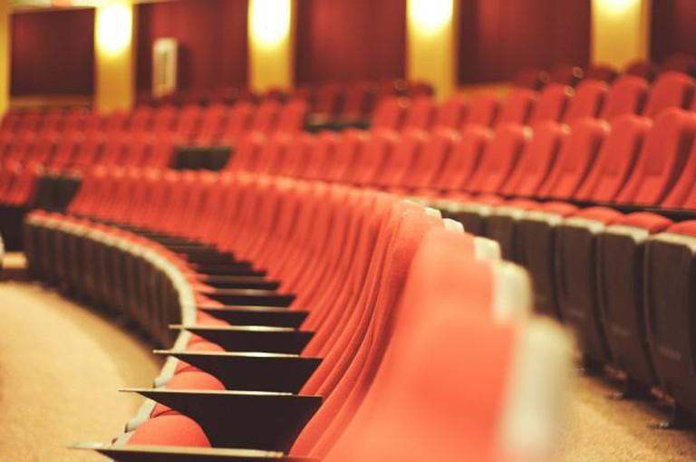 Theater seating | © David Joyce/Flickr