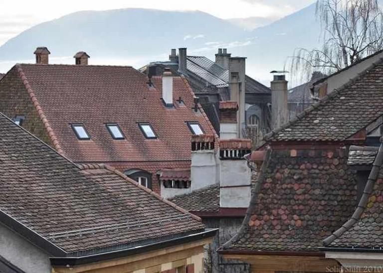 Neuchatel Roofs | © Simon R. Rowell/Flickr