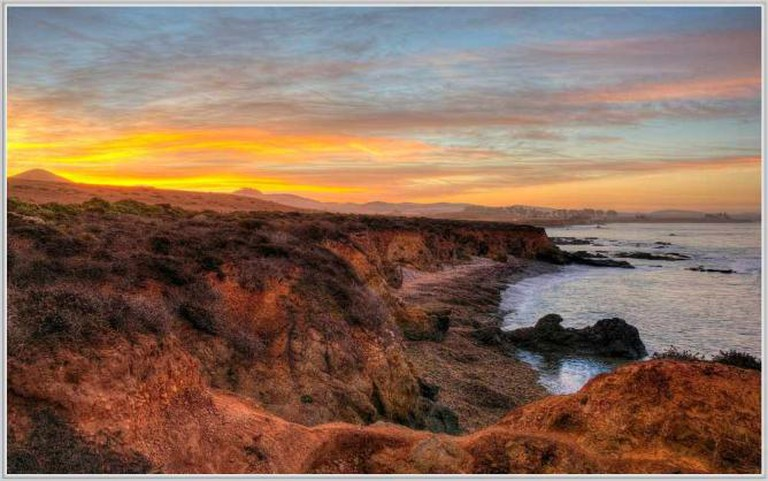 The coast near San Simeon | © tdlucas5000/Flickr