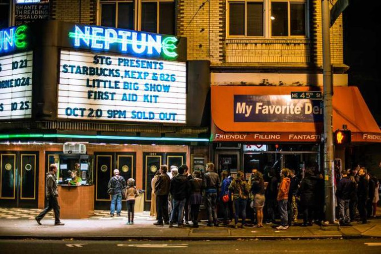 Line up at the Neptune
