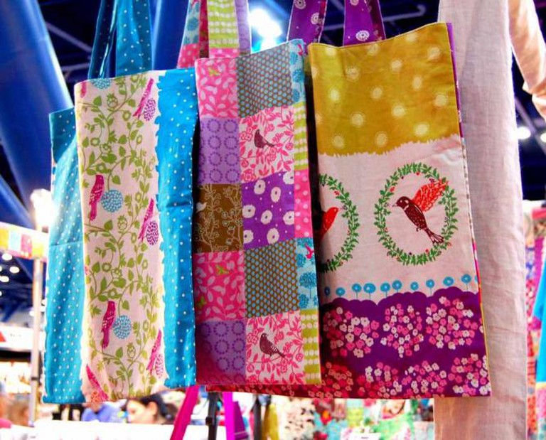 Echino totes ©vintagemodernquilts/Flickr