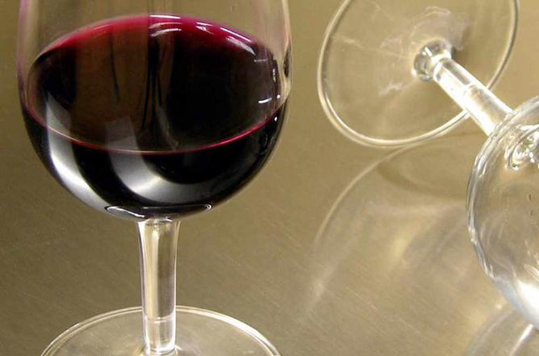 Wine static   © AngeloAmboldi/flickr