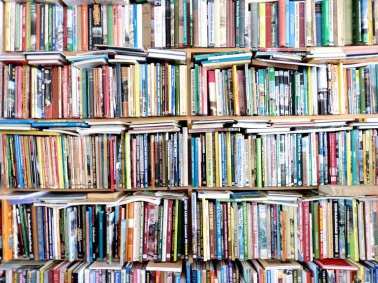 Books | © Les Chatfield/Flickr