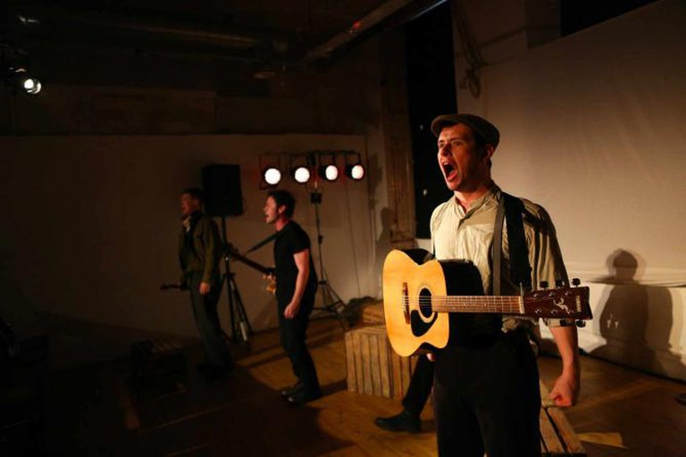 The Cast Performs the wartime Ballad, 'Jarama' | Courtesy of 'Jassy Earl Photography'