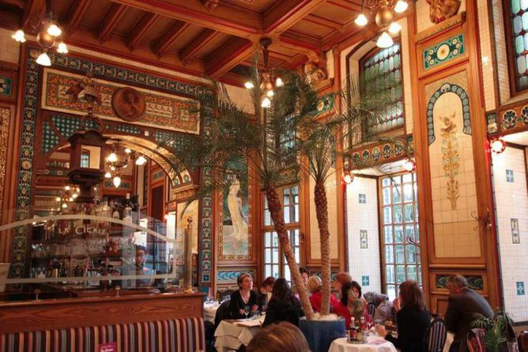 The grand interior of La Cigale | © Isabelle Puaut/Flickr