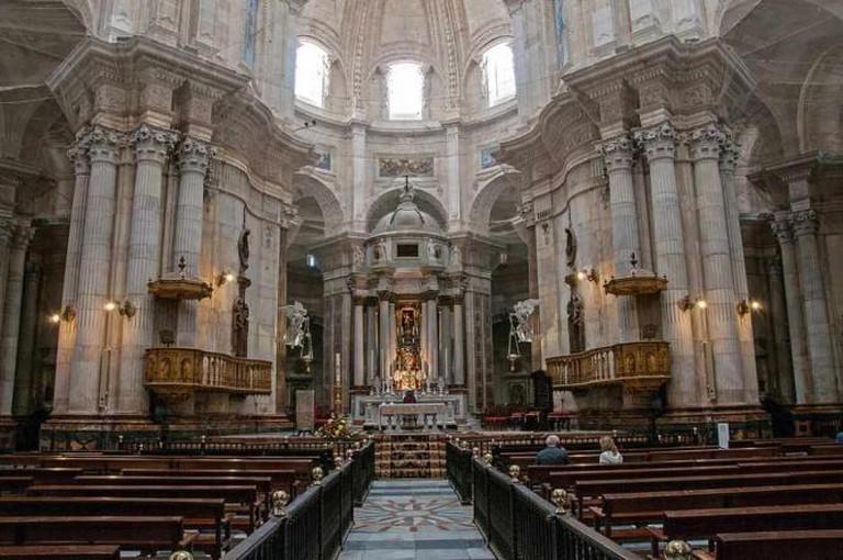 Altar of Cadiz Cathedral   © bvi4092/Flickr