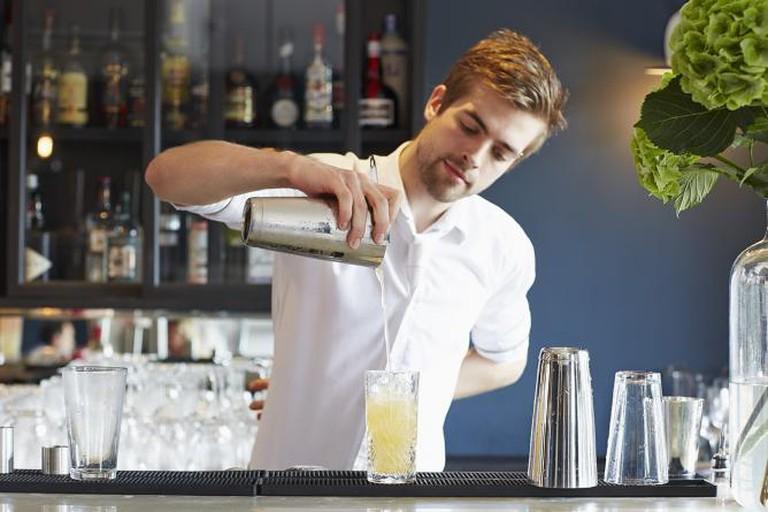 Meet The Cocktail Mastermind, Elvis © Darwin & Wallace