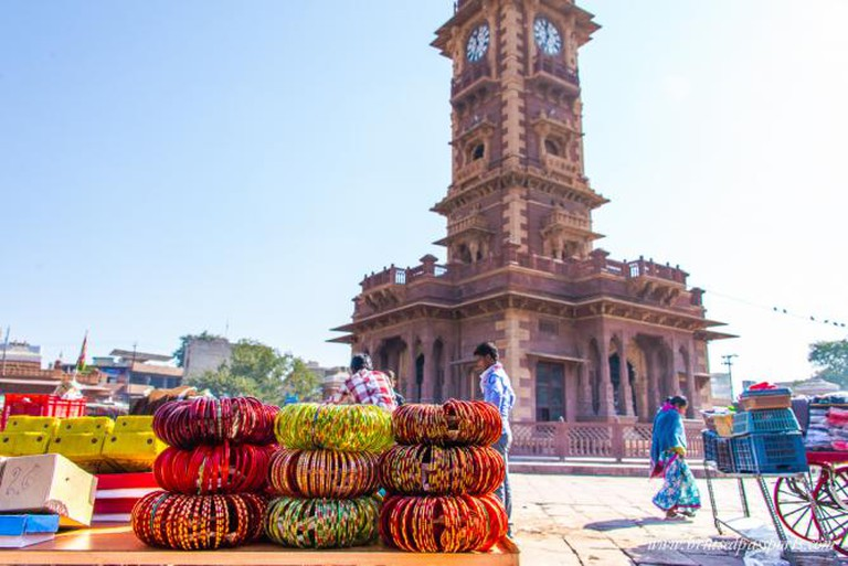 The bustling and vibrant markets of Jodhpur