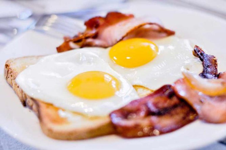Bacon and eggs   © Michael Sharman/Flickr