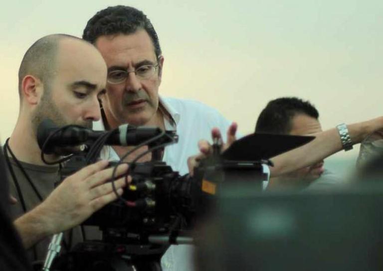 Philippe Aractingi on set
