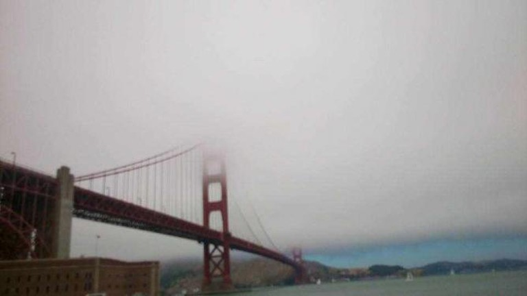Foggy day at Fort Point   © Phuong Pham