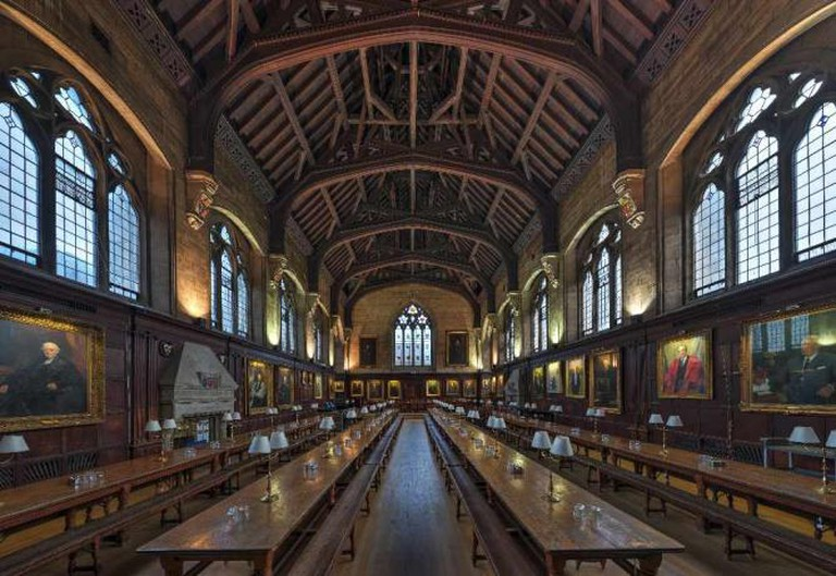The Dining Hall of Balliol College, Oxford University, United Kingdom. Balliol College is Lord Wimsey's fictional Alma Mater. |© DAVID ILIFF/WikiCommons