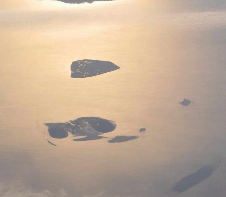 Aerial picture of the Hamburg Wadden Sea National Park | © Loranchet/WikiCommons