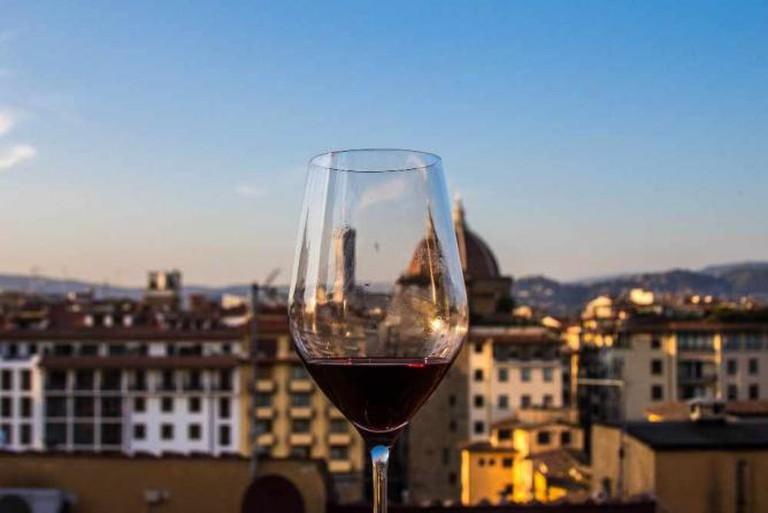 Wine & Duomo | © Laura Downey/Flickr