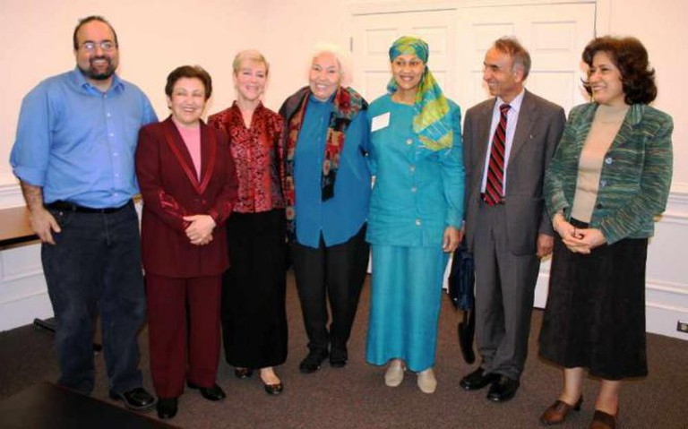Nawal El Saadawi (center) and friends | © Robin Kirk/Flickr