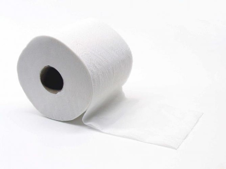 Toilet Paper | © Brandon Blinkenberg/WikiCommons