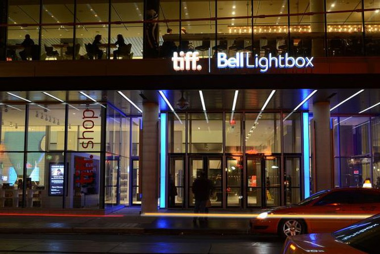 The TIFF Bell Lightbox | © Raysonho @ Open Grid Scheduler/Grid Engine/WikiCommons