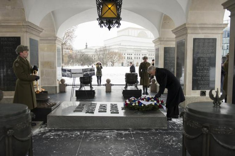 Tomb of the Unknown Soldier, Warsaw | © U.S. Department Defense Current Photos/Flickr
