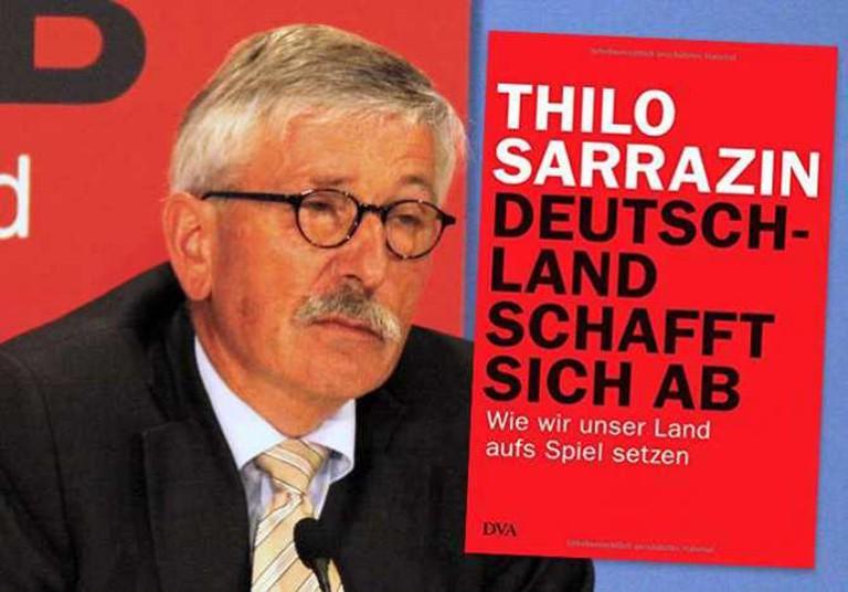 Deutschland schafft sich ab   © Dva Dt.Verlags-Anstalt / Sarrazin book presentation   © Richard Hebstreit/WikiCommons