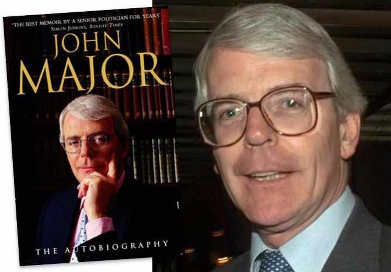 John Major: The Autobiography   © Harper Collins Publishers Ltd. / John Major 1996   © PFC TRACEY L. HALL-LEAHY/WikiCommons