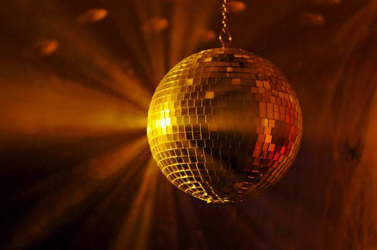 Disco ball | © Tambako The Jaguar/Flickr