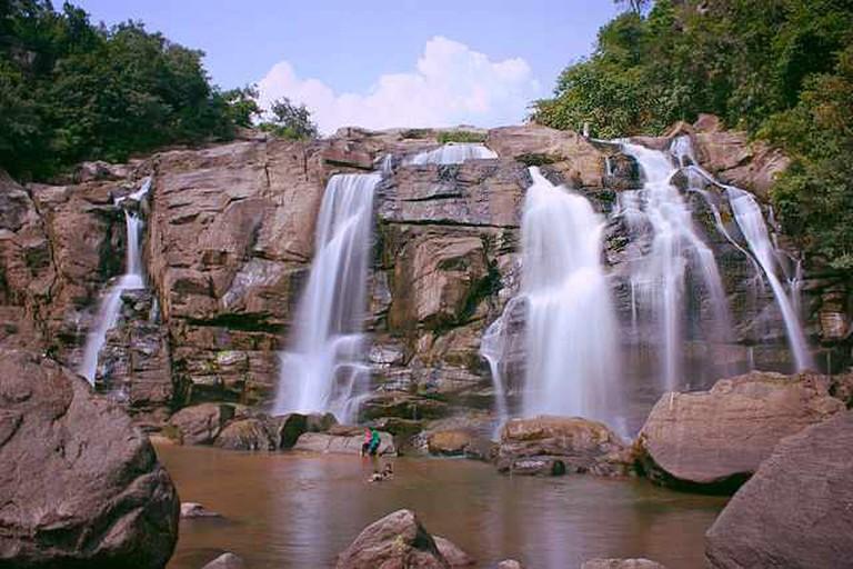 Jonha Falls   © Binayrungta/WikiCommons
