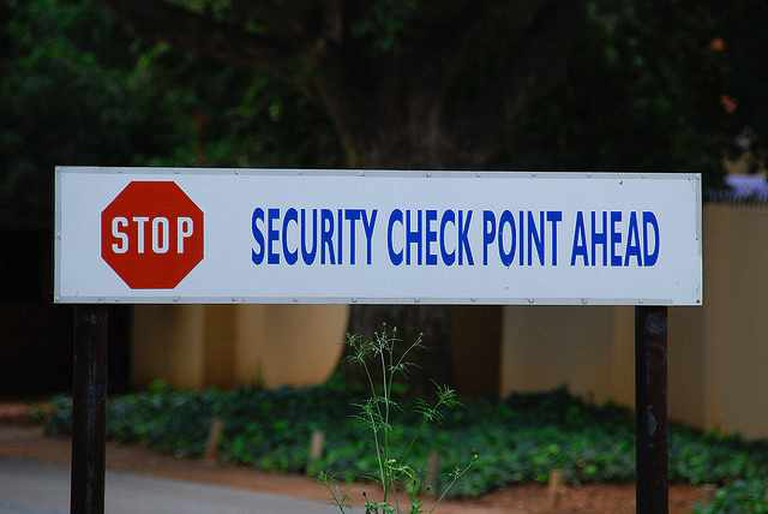 Security Checks Are Frequent | © Paul Keller/Flickr