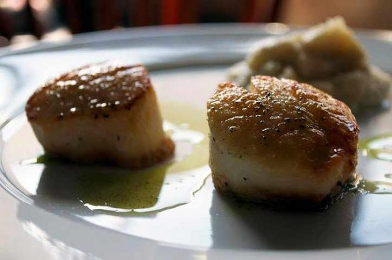 Scallops on the Menu at Marché Kitchen | Courtesy of Marché Kitchen