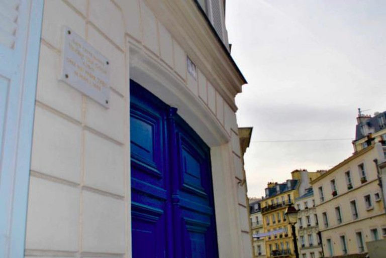 54 Rue Lepic   Courtesy of Katrina Bastian
