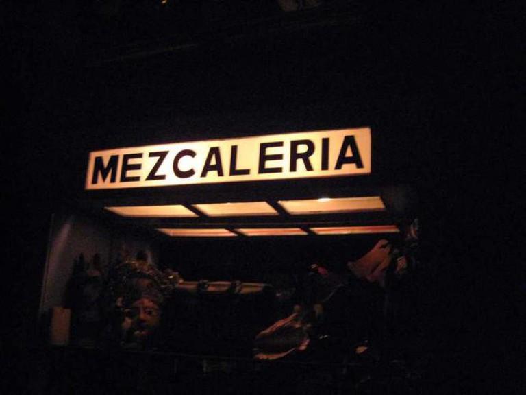 Mezcalería © Angel Marcel Porras/Flickr