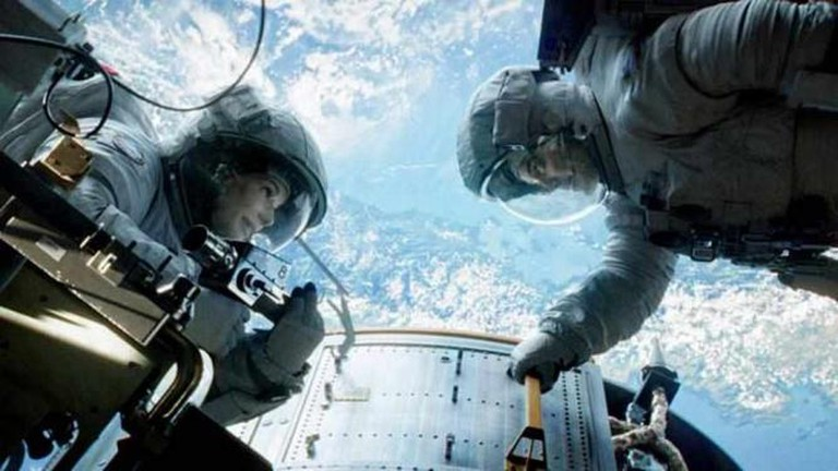 Gravity | © Warner Bros