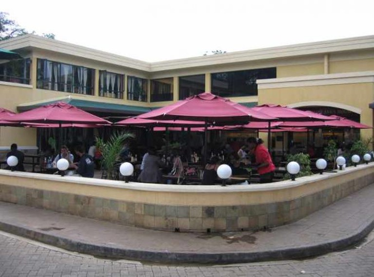 Outdoors of Nairobi Java House | © Infrogmation of New Orleans/Flickr
