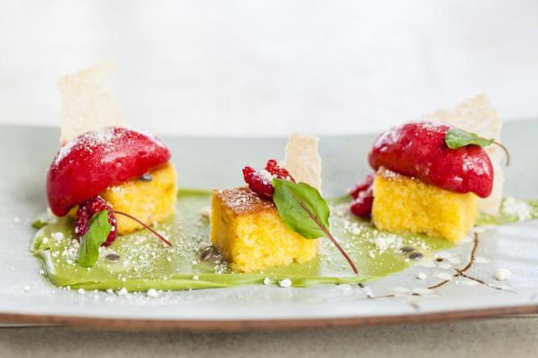 SUSHISAMBA's Passionfruit Cake | © Ming Tang-Evans